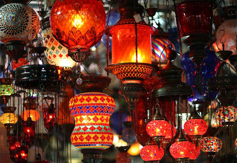 une magnifique gamme du lampe marocain