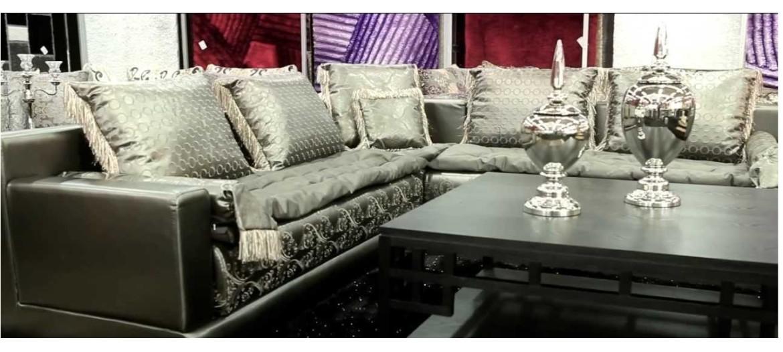 magnifique design du salon en couleur gris perlé