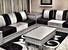 Salon marocain en bois d cor salon marocain for Salon oriental gris