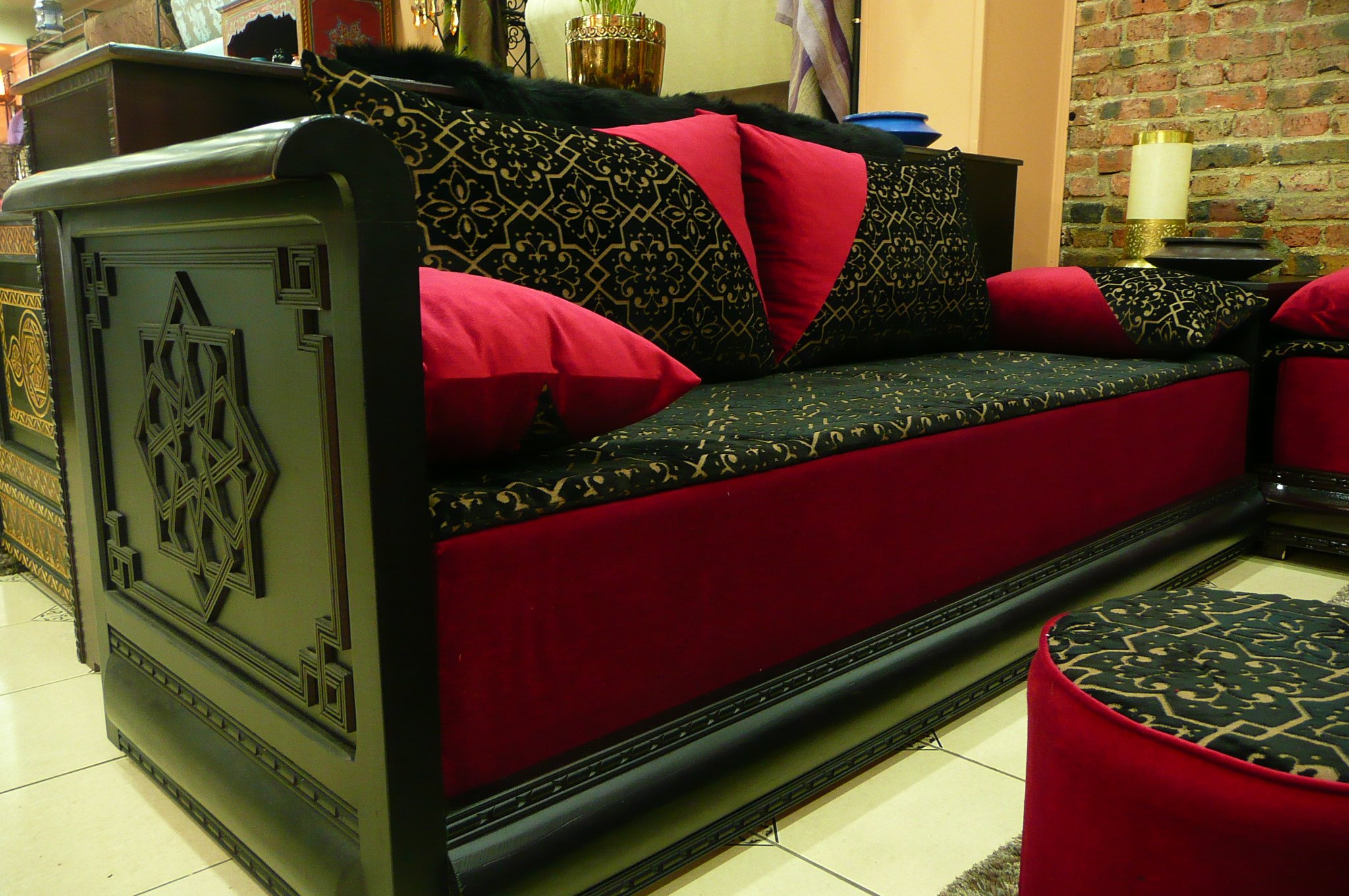 Boutique de vente salon marocain pas cher d cor salon for Salon moderne rouge