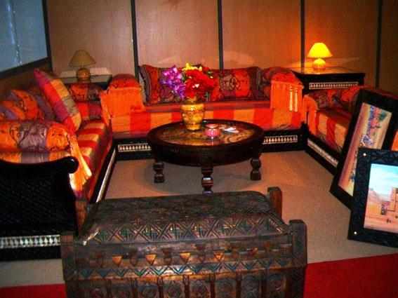 artisanat marocain dans la d coration des salons d cor salon marocain. Black Bedroom Furniture Sets. Home Design Ideas