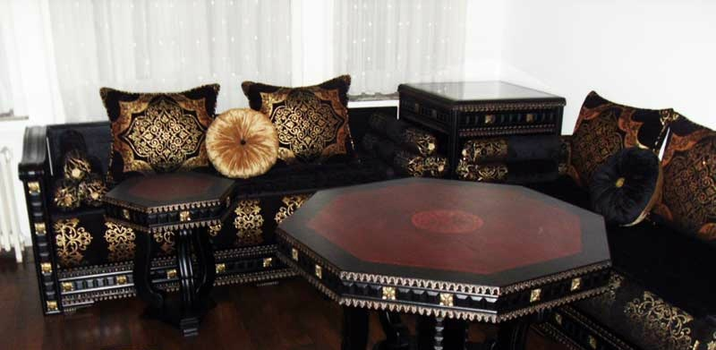 commet acheter un salon marocain avignon d cor salon. Black Bedroom Furniture Sets. Home Design Ideas